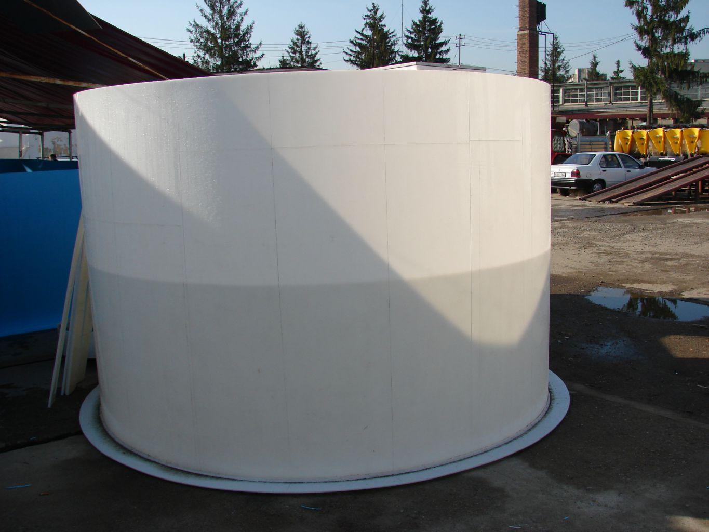Bazin cilindric ingropat in timpul productiei